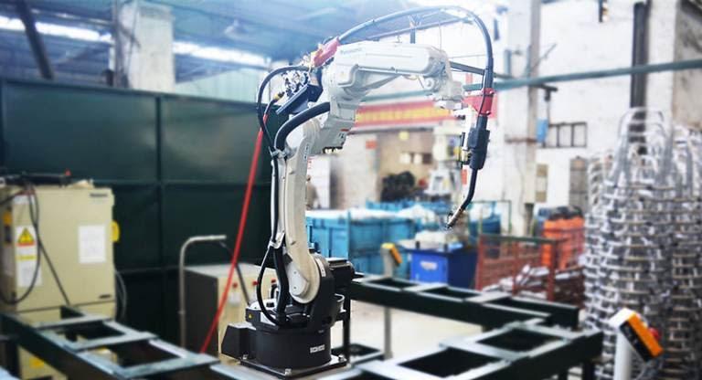 Máy hàn robot